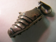 bota futbol oro plata