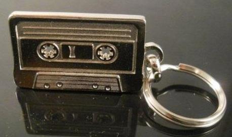 llavero cinta cassette